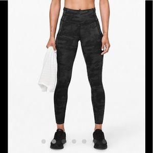 """Lululemon Fast and Free Hr tight 25""""Length"""